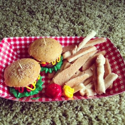 Hamburger Cupcakes Sugar Cookie Fries via Jamie's Recipes