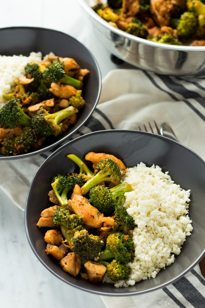 Buffalo-Chicken-and-Broccoli-Bowls